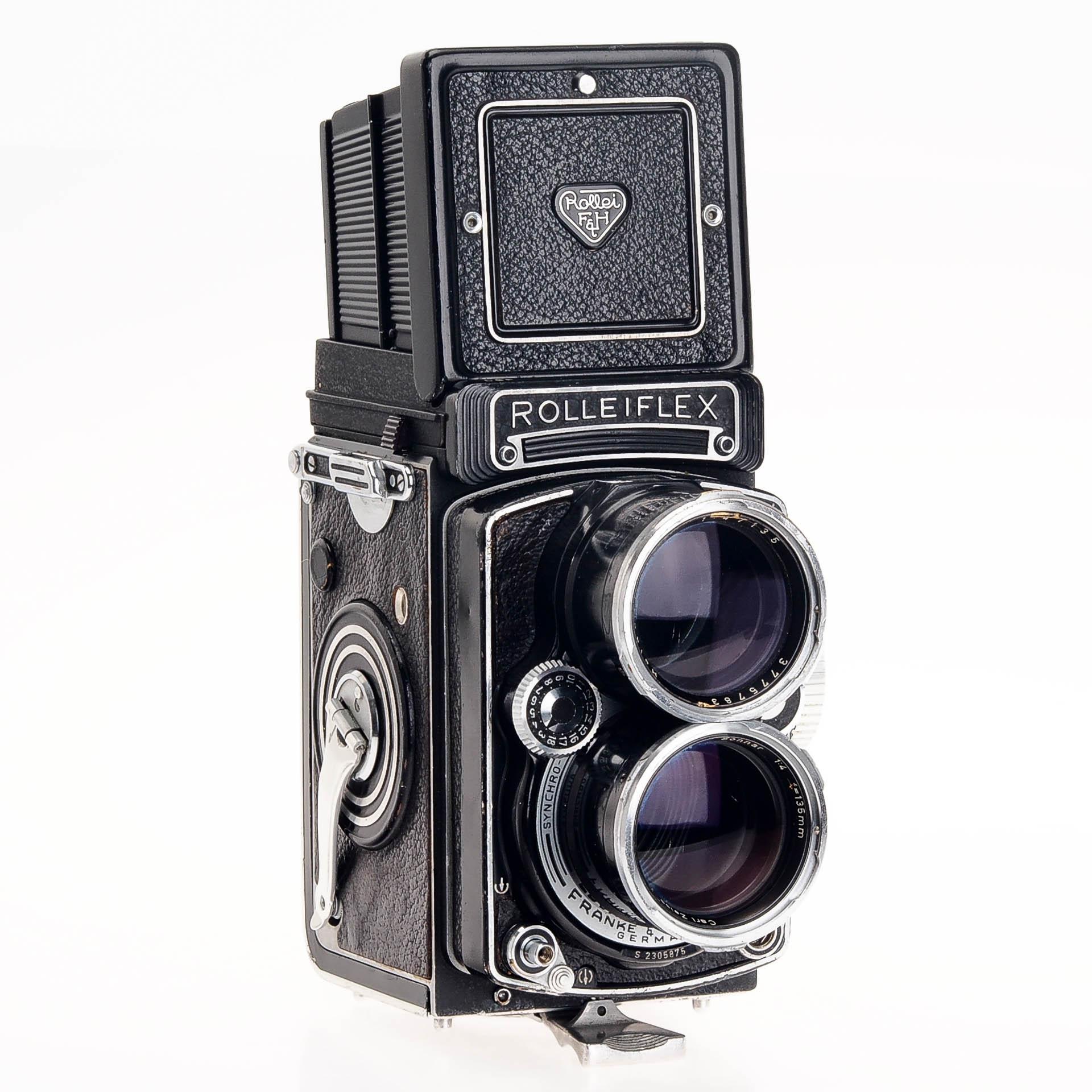 Vintage calumet 4x5 cameras confirm. agree